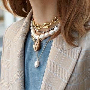 BaubleBar Pearl Bahama Statement Necklace
